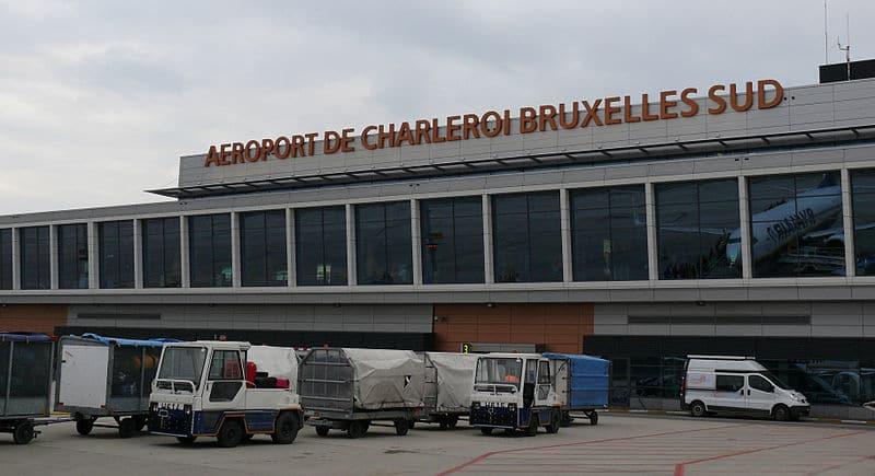 Hall principale de L'aéroport de Bruxelles Sud Charleroi